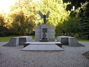 The Katyń Memorial. Photo: Wikimedia Commons