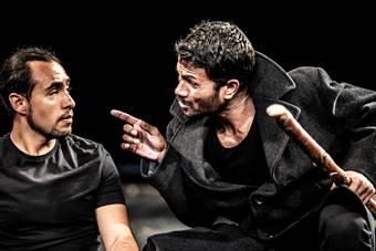 """The Prisoner"", spektakl Teatru Bouffes du Nord w reżyserii Petera Brooka i"