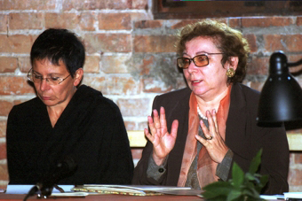 Carla Pollastrelli i Renata Molinari w czasie konferencji