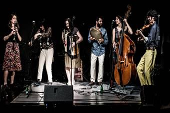"""""""Ryba na drzewie"""", koncert Collectif Medz Bazar; 27 kwietnia 2017. Fot. Tobiasz"""