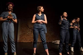 """""""BUM"""", spektakl Teatru Realistycznego; 18 marca 2017. Fot. Eduardo Gonzále"""