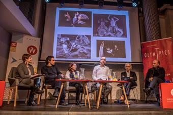 """""""Powrót Dionizosa"""", spotkanie, od lewej: Monika Blige, Savvas Stroumpos, J"""