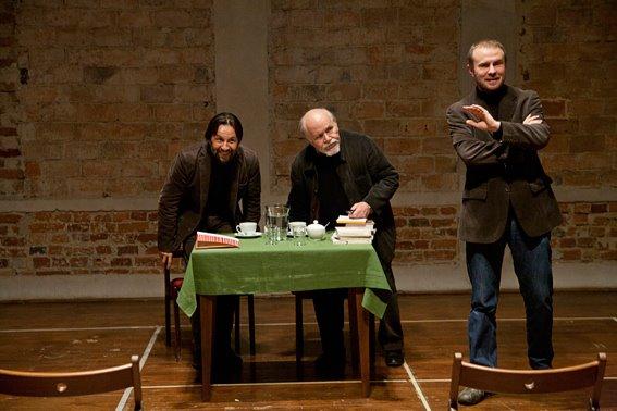 Od lewej: Krzysztof Czyżewski, Ludwik Flaszen, Jarosław Fret