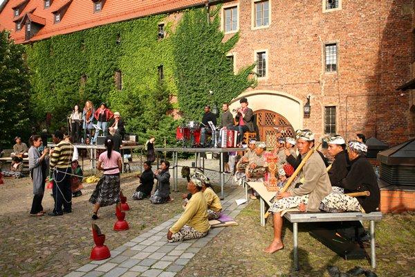 Próba do spektaklu Ur-Hamlet, pokazywanego w ramach Międzynarodowego Festiwalu T