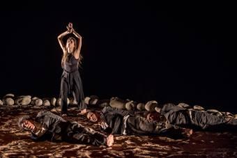 """""""Prometeusz w okowach"""", spektakl Theodorosa Terzopoulosa i Teatru Attis; 7 listo"""