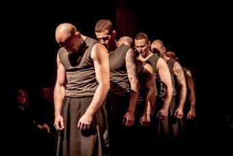 """""""Kain"""", spektakl zrealizowany przez Fundację Jubilo w Zakładzie Karnym nr 1"""