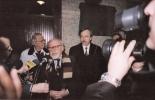Od lewej: Jerzy Gurawski, Ludwik Flaszen, Bogdan Zdrojewski (Prezydent Miasta Wr