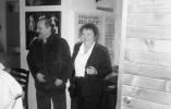 Ludwik i Irena Flaszen w gabinecie dyrektora Ośrodka Grotowskiego