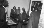 Stefania Gardecka, Lech Raczak i Ludwik Flaszen w gabinecie dyrektora Ośrodka
